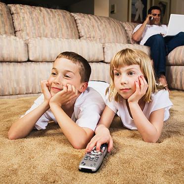 Les-enfants-et-la-tele-2758389cglhy_1350