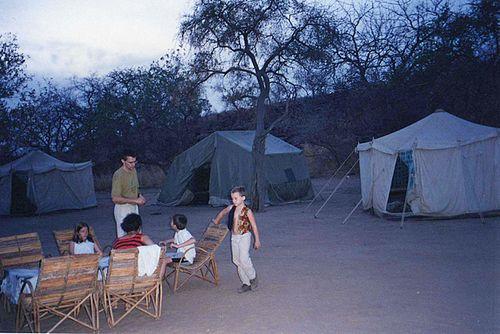 Campement007