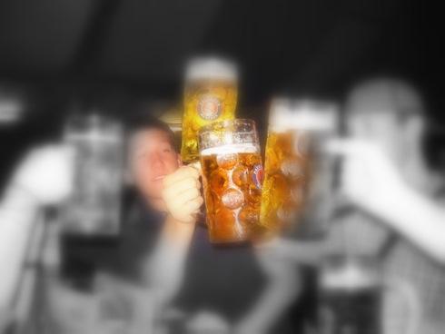 Alcool-biere-celebration-sociale