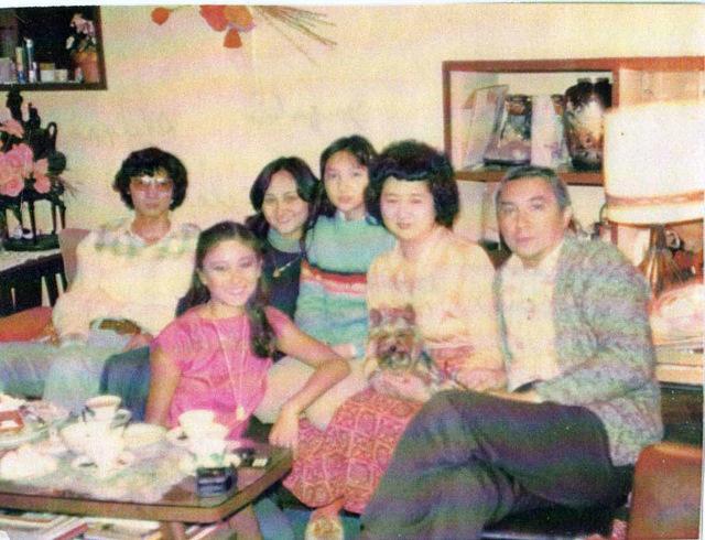 4 Eymard et parents en 1975