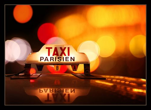 Te-paris_taxi_sign
