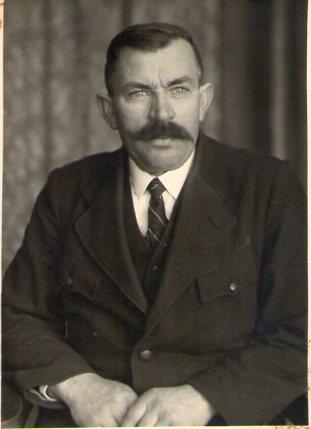 Papa Blumel001