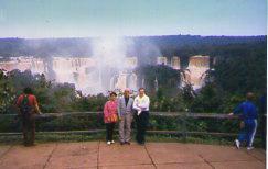 Igua-u Cataractes trio003