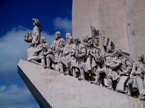Lisbon_monument