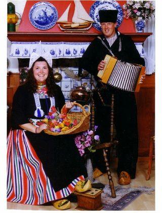Volendam costumes