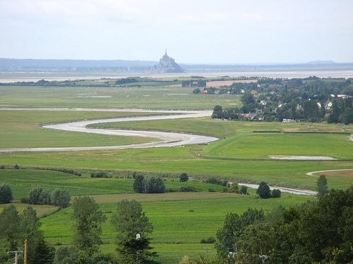 Mt St Michel de loin